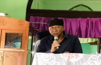 Hon'ble Speaker, Manipur Legislative Assembly meeting with persons of Indian origin in Sikh Temple, Monywa and attdending Guru path