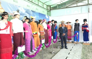 Celebration of 72nd Union Day of Myanmar in Mandalay. Mr. Nandan Singh Bhaisora, Consul General congratulating Hon'ble CM and other Ministers of Mandalay Region Government