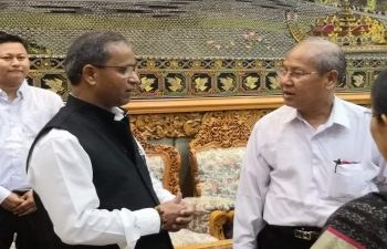 Consul General accompanying 10 members of NLD and USDP delegates  (including Chief Minister, Magway Region and many MPs from Union and Region level) to attend important Conference- Physical Connectivity: The Infrastructure Deficit   India- Myanmar Relations in Imphal