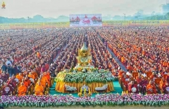 Consul General Mr. Nandan Singh Bhaisora participating in Thailand - Myanmar Friendship Donation Ceremony for 30000 monks in Mandalay on 8th December, 2019. Union Ministers of Education, Ethnic Affairs, Deputy Minister for Religious Affairs, Acting CM Mandalay along with cabinet and Ministers from various Regions being present.