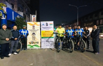A four member team from National Institute of Mountaineering and Allied Sports (NIMAS) led by Col Sarafraj Singh of MTB Cycling Expedition under the theme